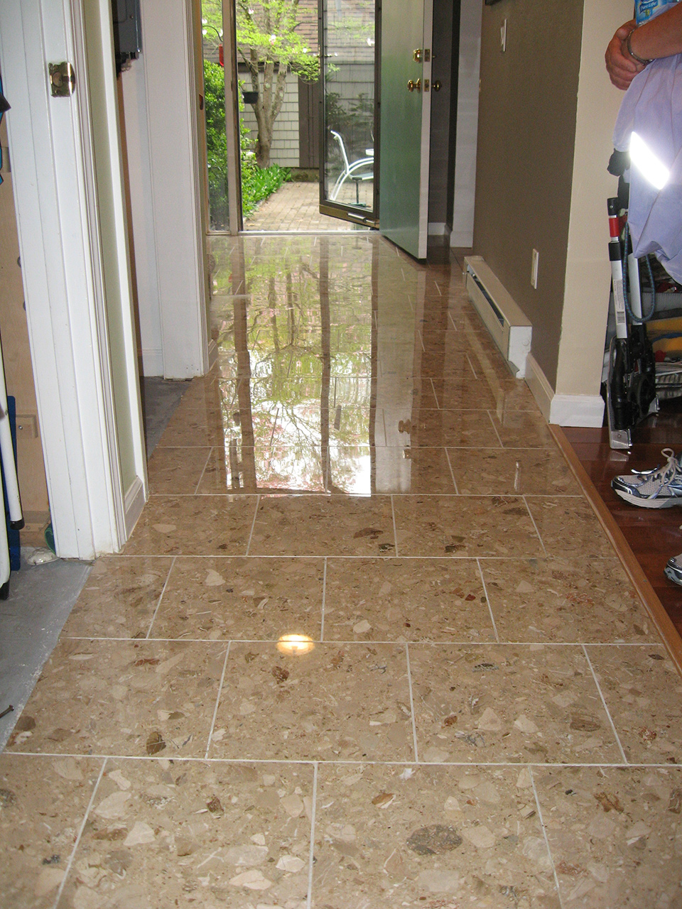 Marble Floor Shower Countertop Cleaning | Specialized Floor Care